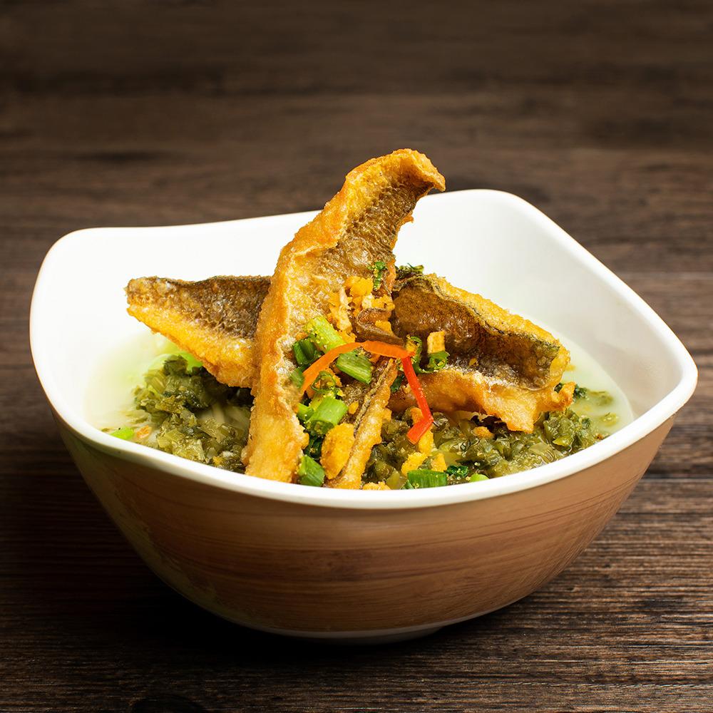 雪菜黃魚濃湯拉麵