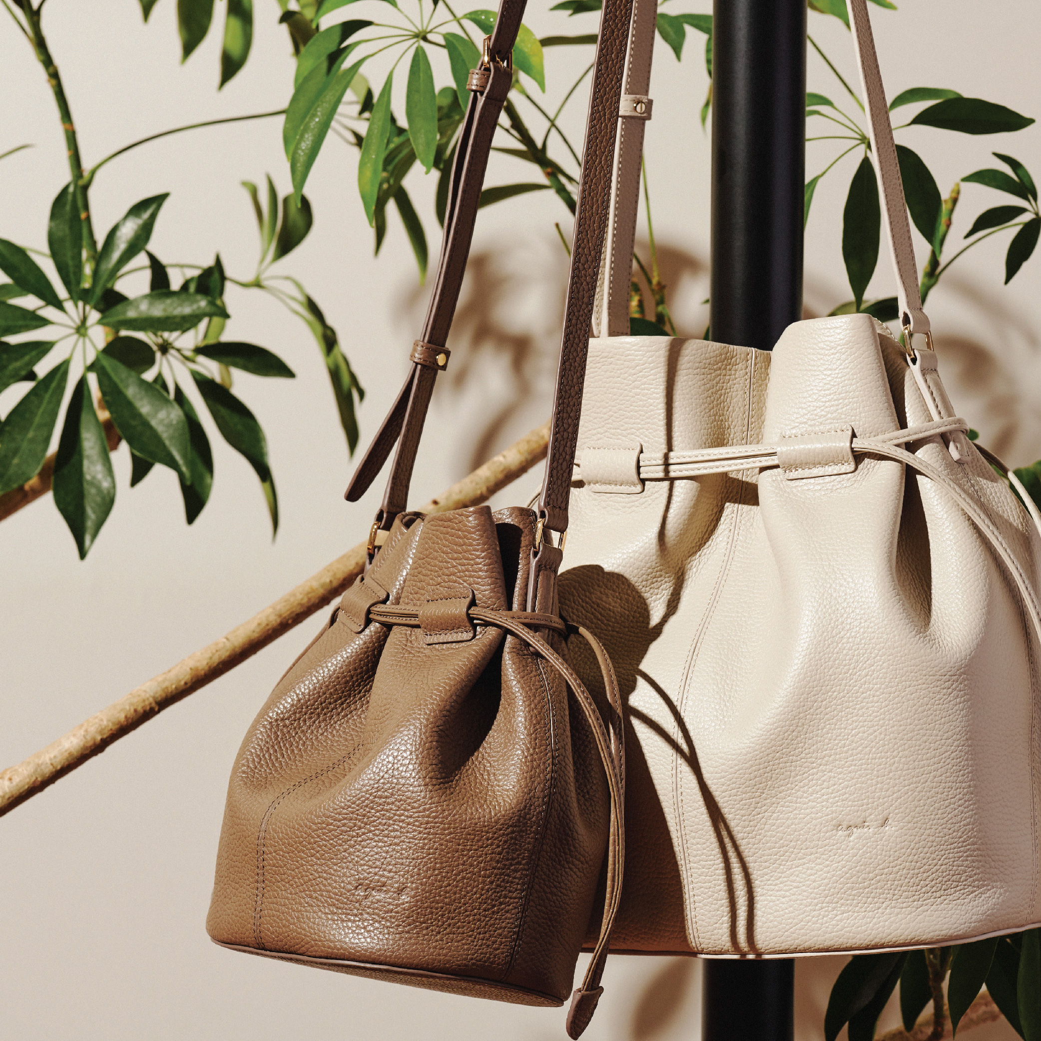 CHARLOTTE Bucket Bag(M)