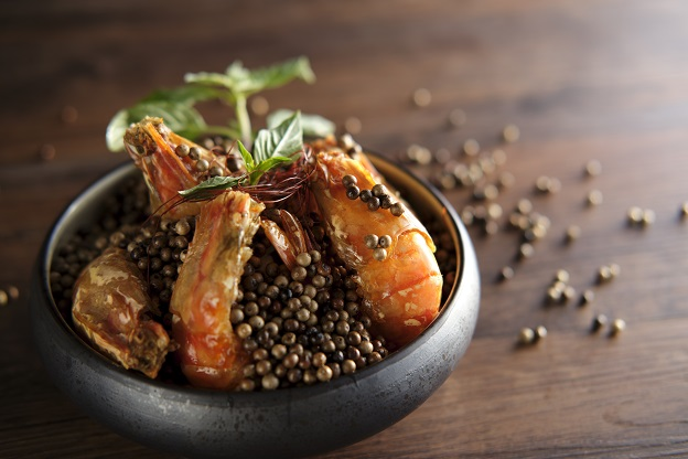 Braised Shrimp with White Pepper and Basil