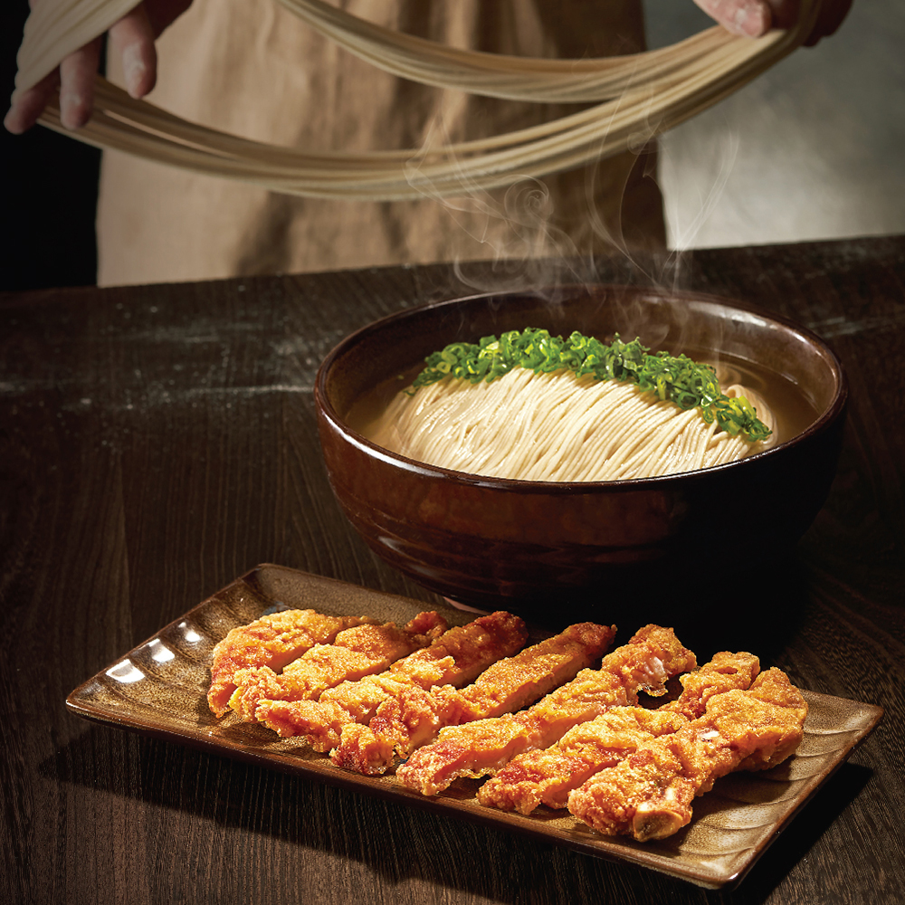 Noodles in Soup with Deep-fried Spare Ribs